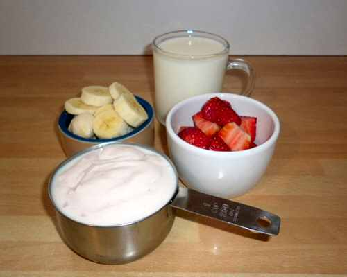 Ingredients for a strawberry and banana smoothie recipe
