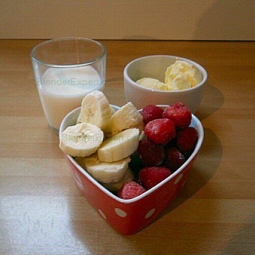 Strawberry and Banana Milkshake Ingredients